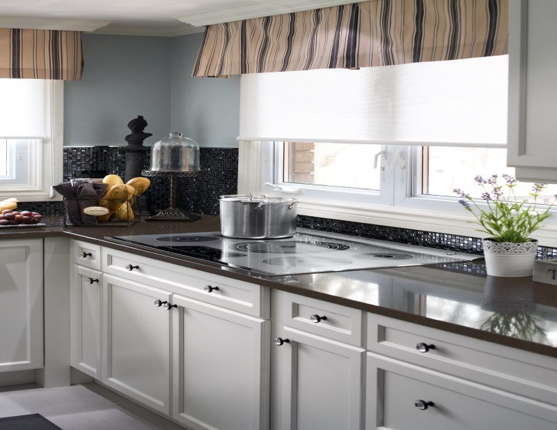 dark brown quartz kitchen counters